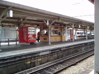 鳥栖駅のホーム