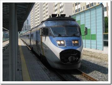 111/251系セマウル号気動車